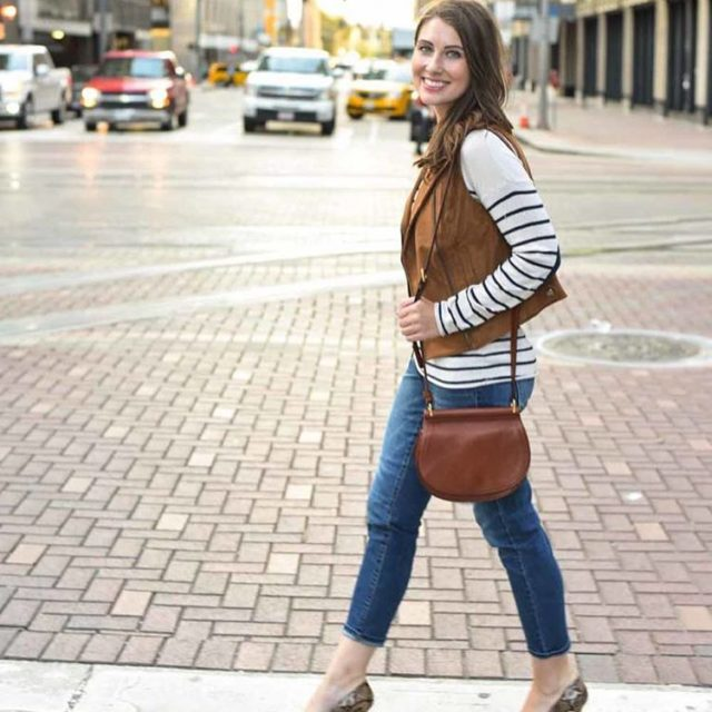 Stripes in the city today on the blog! PS Thishellip